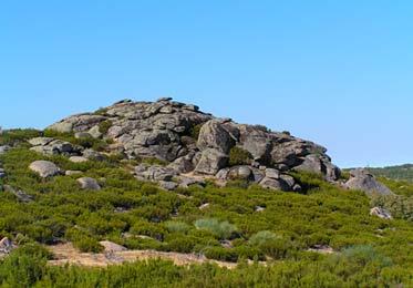 Las Sierras del Valle del Jerte están repletos de roquedales.
