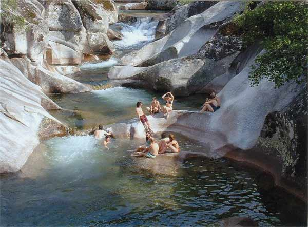 Pilones Naturales del Rio Jerte donde Ir a Bañarse
